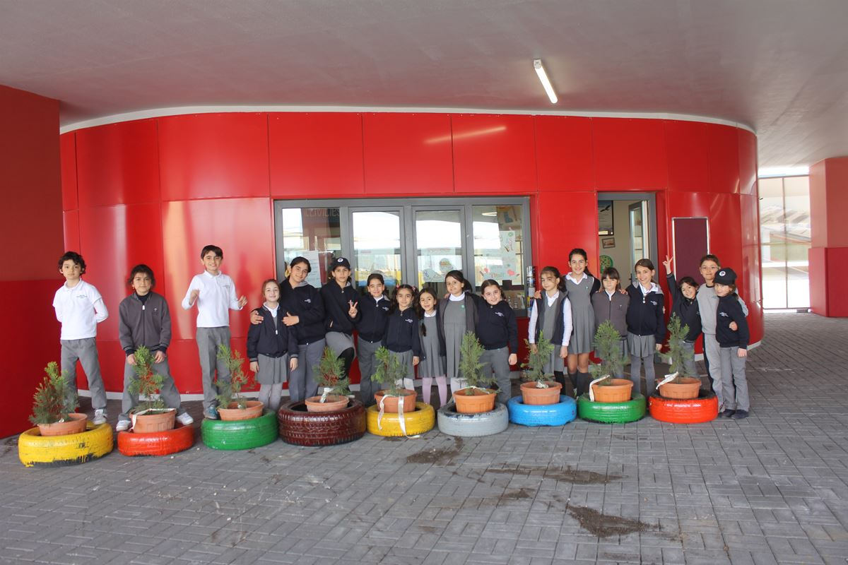 SABIS® SUN Students Celebrate Earth Day