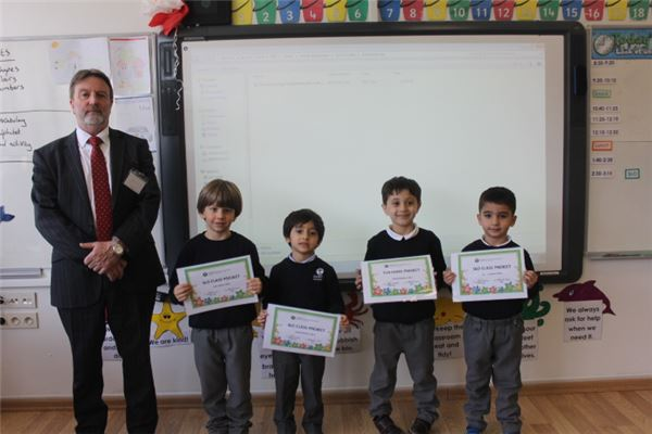 Certificate awards Week 12